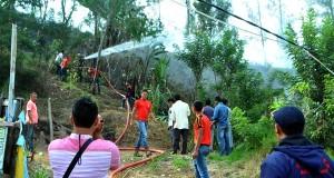 Lahan Kosong Terbakar di Takengon; Warga Sekitar Panik