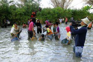 """Foto: Jejak Petualang ikut serta dalam kegiatan budaya masyarakat Gayo Lues """"Kulem Perurumen"""" di Desa Tetingi, Blangpegayon (dok. Diansyah)"""