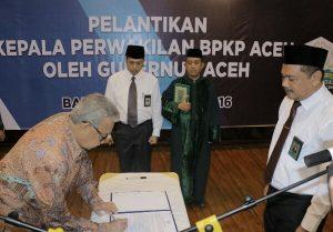 Gubernur Lantik KEpala BKPP aceh