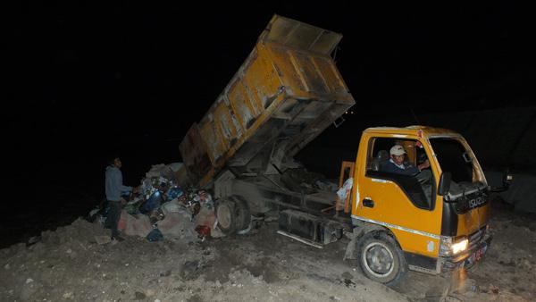 Penurunan sampah di TPA Uwer Tetemi. (LGco_Khalis)