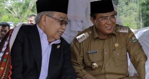 Lomba Menulis Membangun Aceh bersama Abu Doto dan Pak Nas