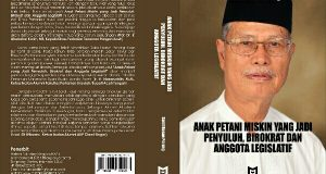 Buku Autobiografi Anak Petani Miskin jadi Penyuluh, Birokrat dan Anggota Legislatif Beredar