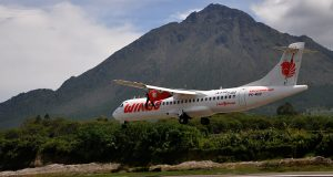 [foto-foto] Landing Proving Fligth Wings Air di Bandara Rembele
