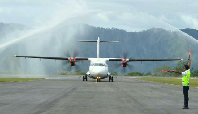 Wings Air di Bandara Rembele