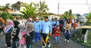 71 Tahun Hari Radio, Pak Nas Jalan Sehat Bersama Warga