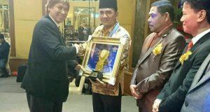Lagi, Ketua DPRK Aceh Tengah Muchsin Hasan Raih Award