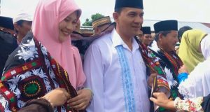 Pengukuhan Tim Pemenangan Muchsin-Taufiq di Bebesen Meriah