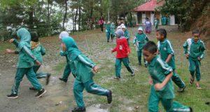 Mendorong Pendidikan Berbasis Masyarakat