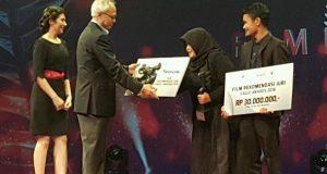[Foto] Eagle Award Metro TV untuk Kutukan Tak Bertuan