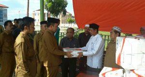 Kanwil Kemenag Aceh Bantu Korban Gempa Pijay