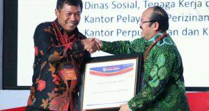 Satu-Satunya dari Aceh, Aceh Tengah Terima Penghargaan Ombudsman RI