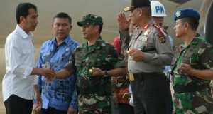 Tiba di Banda Aceh, Jokowi Jenguk Korban Gempa di RSUZA