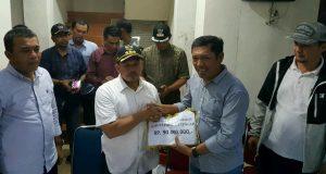 Aceh Tengah Salurkan Rp 90 Juta dan 2 Truk Sayuran ke Pidie Jaya
