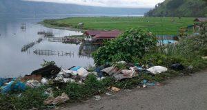Sabtu Ini Sejumlah Siswa Ikut Pungut Sampah dan Tanam Pohon di DLT