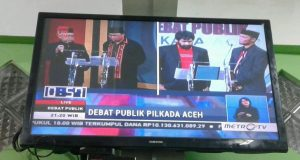 Debat Pilkada Aceh Memanas; Mualem Bertanya, Abu Doto Menjawab