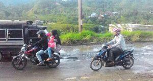 Ruas Jalan Wilayah Tengah Aceh Berlubang, Kemana Wakil Kita?