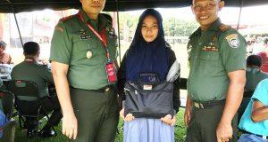 Siswi SMA dari Aceh ini Terharu Jadi Perwakilan Penerima Hadiah dari Panglima TNI