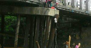 Jembatan Kutablang Hanya Mampu Tampung Beban 12 Ton, Hati-Hati Saat Melintas