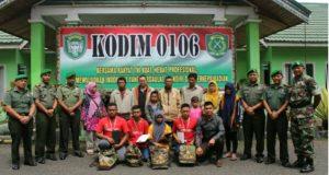 Peserta Wisata Nusantara Bersatu Disambut di Kodim 0106/AT-BM