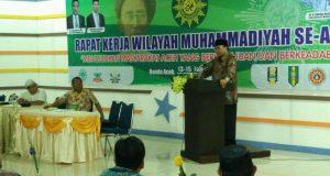 Jadi Pemateri di Milad Muhammadiyah, Pak Nas Beri Solusi Pengentasan Kemiskinan