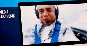 SBY Saksikan Iklan Pilkada Irwandi Yusuf Lagi di Pesawat
