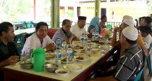 Anggota DPR-RI Irmawan dan Ketua KIP Galus Bertemu di Banda Aceh, Ada Apa?