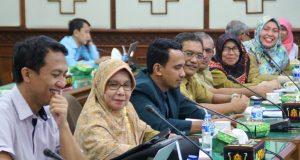 Komisi VI DPR Aceh dan Pelaku Kesehatan Apresiasi Rencana Kunjungan Delegasi Universitas Aberdeen Skotlandia