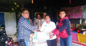 IPPEMATA,  KAMMI dan BEM Mipa Unsyiah Salurkan Bantuan untuk Korban Banjir Lot Kala
