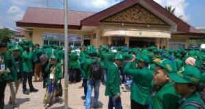 Mahasiswa KKN-PPM Unimal Diserahterimakan