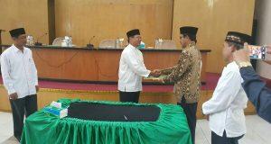 Inspektorat Aceh Tengah Serahkan LHP ke Sekolah