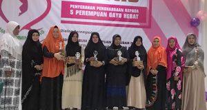 """Mengenal 5 Perempuan Hebat di Gayo Yang Mendapat Anugerah """"Service Hati"""" H2"""