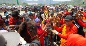 Pak Nas; Kualitas Pacuan Kuda Akan Terus di Tingkatkan