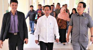 Kunjungi RSUD Muyang Kute, Komisi VI DPR Aceh Minta Dokter Jangan Takut Berkerja