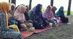 PERMATA Banda Aceh Gelar Rujak Party, Rihlah dan Tukar Kado