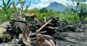 Kebakaran di Bener Meriah, 1 Rumah dan 2 Sepmor Hangus