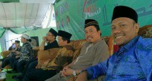 Ketua Ikatan Alumni Timur Tengah (IKAT) Aceh Raih Award Syariat Islam