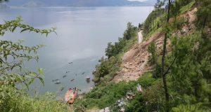 Ikan Membusuk Tebar Bau Tak Sedap di Reruntuhan Utung-Utung Lut Tawar