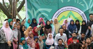 Sambut Peserta SBMPTN : HPBM Banda Aceh Adakan Rujak Party