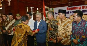 Gelar Rembug KTNA, Gubernur Zaini Dampingi Menteri Pertanian dan Panglima TNI
