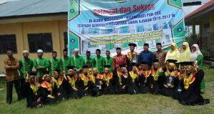 Pesantren Semayoeng Nusantara Bener Meriah Wisuda Santri.