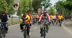 Sambut Tim Pesona Nusantara, Kodim 0104/Atim dan warga Gowes Massal