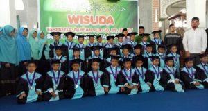 SD IT Cendekia Wisuda 62 Siswa/i Penghafal Qur'an