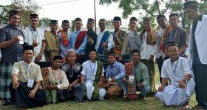 Drs Jamhuri M.A, Beri Khutbah Iedul Fitri di Tunyang