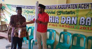 Partai Berkarya Aceh Tengah Bagikan Paket Lebaran