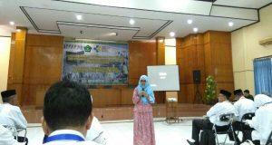 Dihadapan Petugas Haji Aceh, ini yang Disampaikan dr. Maya Sofia