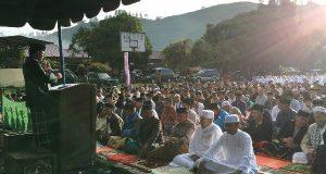 Shalat Ied di Kayukul, Wabup Khairul Asmara Sampaikan Permohonan Maaf