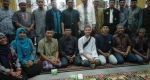 Hadir di Pembukaan Taman Ramadhan, Rafly Kande Bantu Meunasah se-Samadua