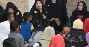[FOTO] Darwati dan H2 Berbagi Kasih Bersama Anak Yatim di Takengon