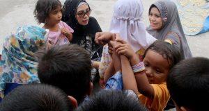 "Ibu Wagub Terpilih Kunjungi Panti Asuhan ""Kasih Ibu"" dan Bagi-Bagi Takzil di RSUD Datu Beru"