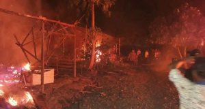 Massa Bakar Cafe dan 4 Rumah di Aceh Tenggara